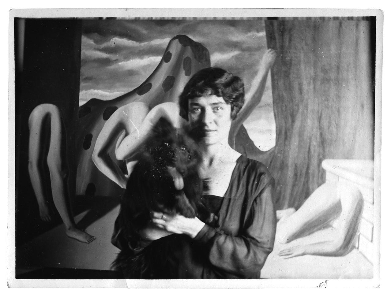 La creation des images, Georgette Magritte e Loulou, Le perreux sur Marne, 1928