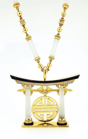 Collana in oro, cristallo di rocca e diamanti firmata Bulgari, anni '70 Stima € 60.000 - 70.000