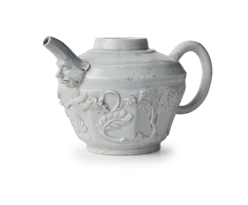 Porcellane e Bisquit tra semplicità e artifizio