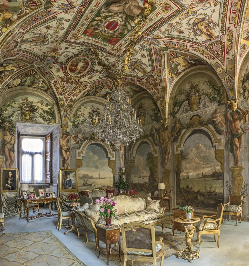 Palazzo Colonna, Eterna emozione