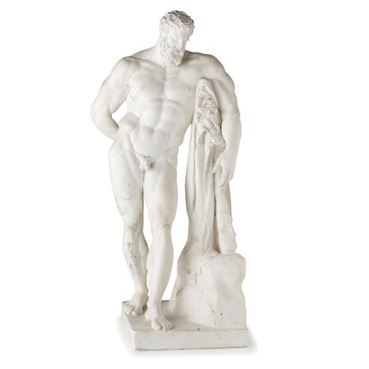 MODELLO IN GESSO, XIX-XX SECOLO rappresentante lErcole Farnese su base squadrata; usure e graffi, ma