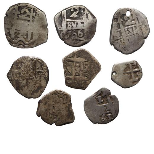 ZECCHE ESTERE. PERU. LOTTO DI OTTO COB da 1 e 2 reali del XVIII secolo (8)